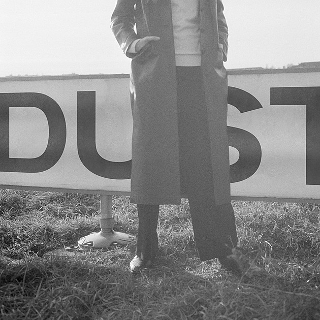 laurel_halo_dust_cover