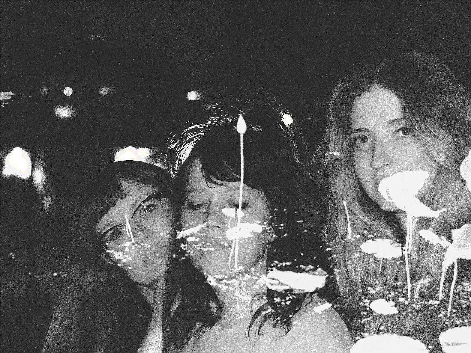 VIV GIRLS